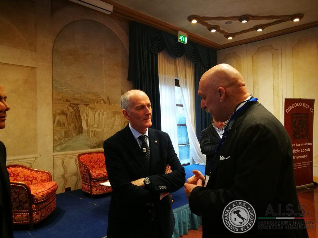 vIl Capo della Polizia Prefetto Franco Gabrielli - Presidente Aiss Franco Cecconi